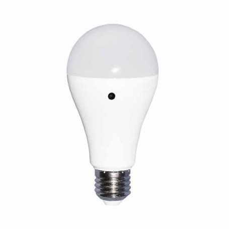 Lampadina LED E27 200° 806LM 9W 6000K con sensore crepuscolare